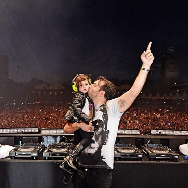 Slavní DJs a jejich ratolesti. Kdo na ně doma čeká?