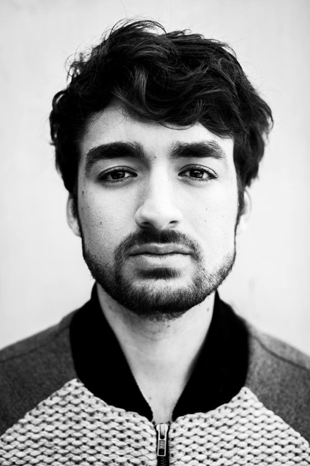 Oliver Heldens remixuje Outside od Calvina Harrise.